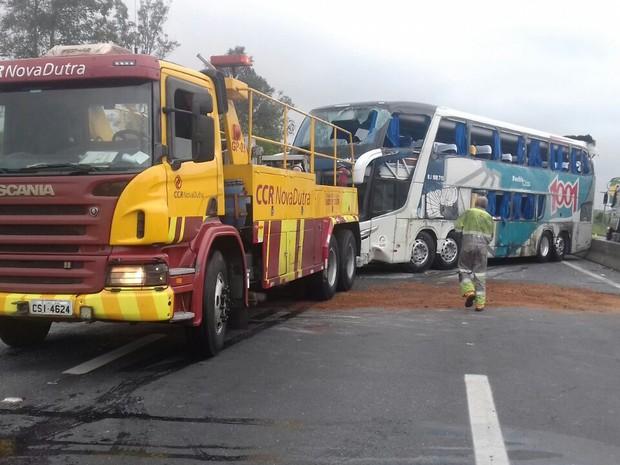 bus_destombado
